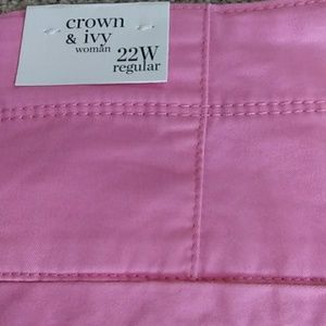 Crown & Ivy Pants - Crown Ivy plus size capri